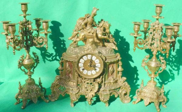 FRANZ-HERMLE-IMPERIAL-HORSEMAN-8-DAY-ITALIAN-CANDELABRA-GARNITURE-CLOCK-SET-283636237190