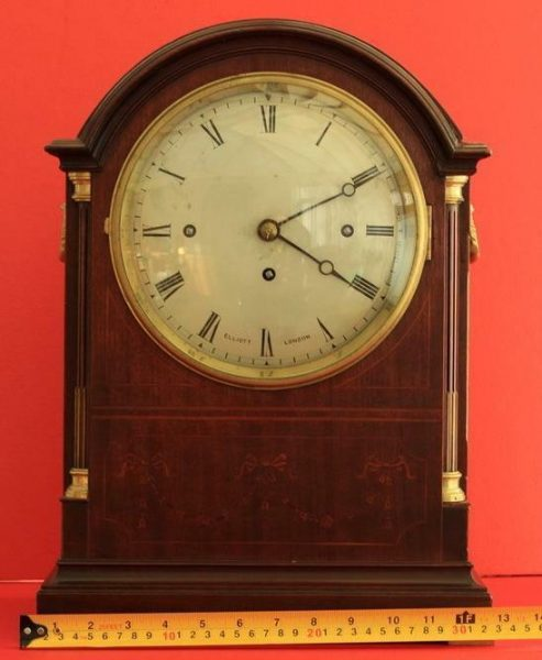 ELLIOTT-LONDON-TRIPLE-FUSEE-8-DAY-WESTMINSTER-CHIMES-MAHOGANY-BRACKET-CLOCK-283324784436