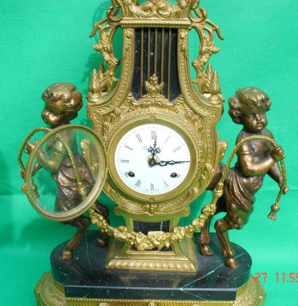 IMPERIAL-ITALIAN-CANDELABARAS-GARNITURE-BRONZE-CHERUB-8-DAY-ORMOLU-LYRE-CLOCK-283752984226-3