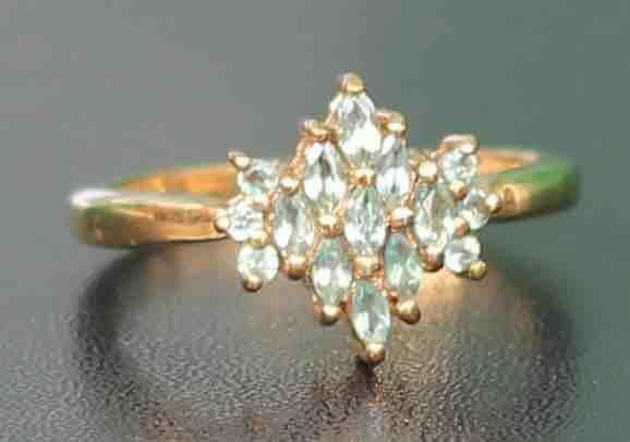 9-CT-GOLD-PRECIOUS-LIGHT-GREEN-GEM-ENGAGEMENT-RING-283284318877