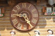 THREE-WEIGHT-BLACK-FOREST-MUSICAL-CUCKOO-CLOCK-283656283409-4