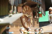THREE-WEIGHT-BLACK-FOREST-MUSICAL-CUCKOO-CLOCK-283656283409-9